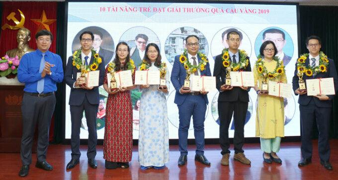 Khởi động giải thưởng Khoa học công nghệ Quả Cầu Vàng 2021