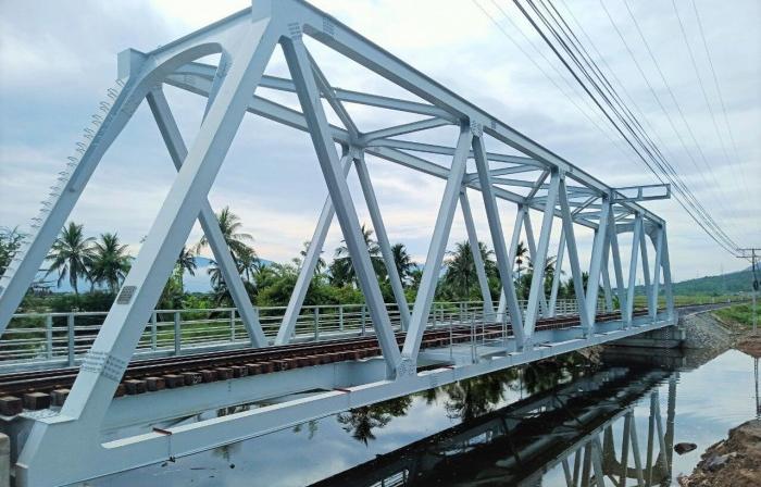 """Hoàn thành gần 50 cầu dự án đường sắt """"khủng"""" 7.000 tỉ đồng"""